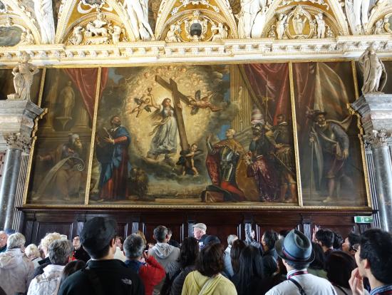 ドゥカーレ宮殿4つの扉の間の壁画
