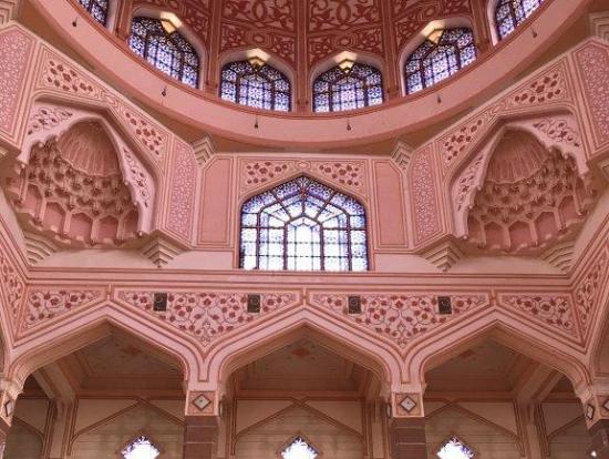 ピンクモスク内部