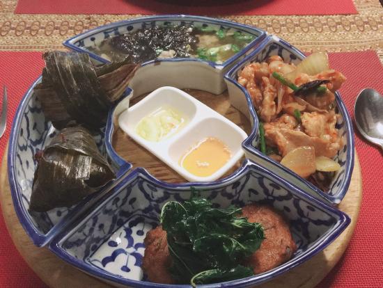 急かされながら食べたランチ(笑)日本人好みの安心する味付けでした。美味しかったです!