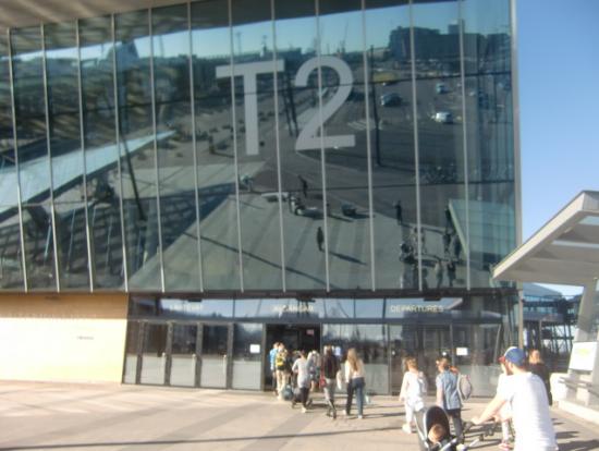 タリン行フェリー乗場。ターミナル2(T2)