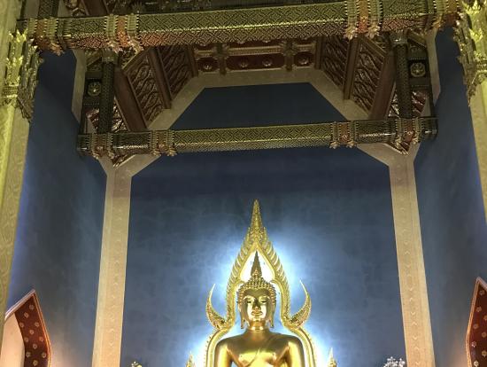 大理石のお寺