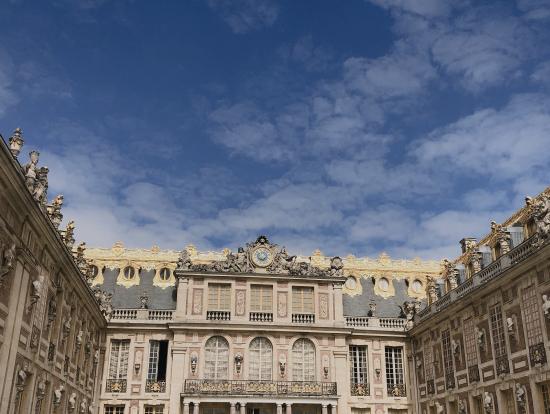 ベルサイユ宮殿内で撮影した写真です。