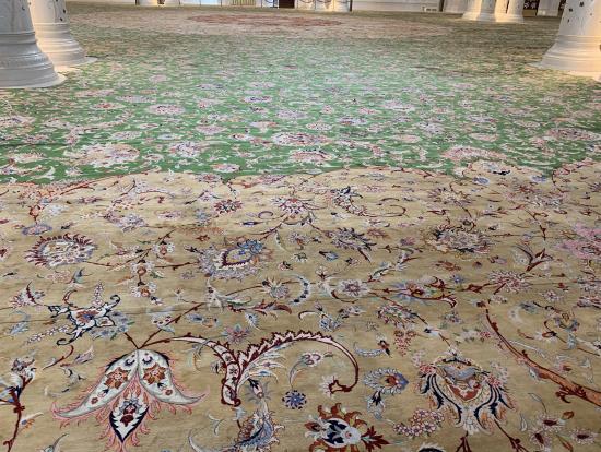 世界一のペルシャ絨毯