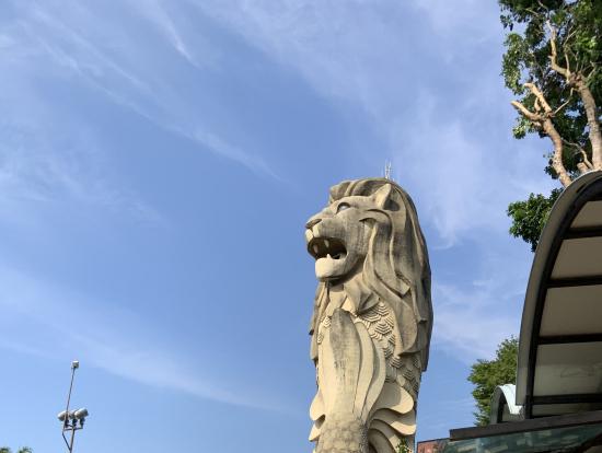 セントーサ島のマーライオン