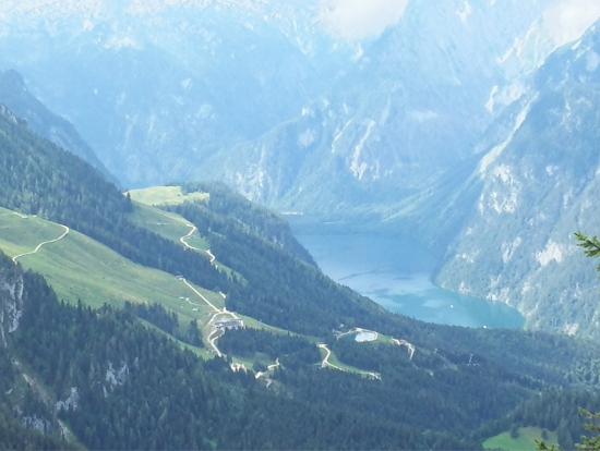 山頂からの景色は最高