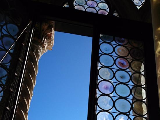 宮殿の中はもちろん、窓から見える景色も素敵でした